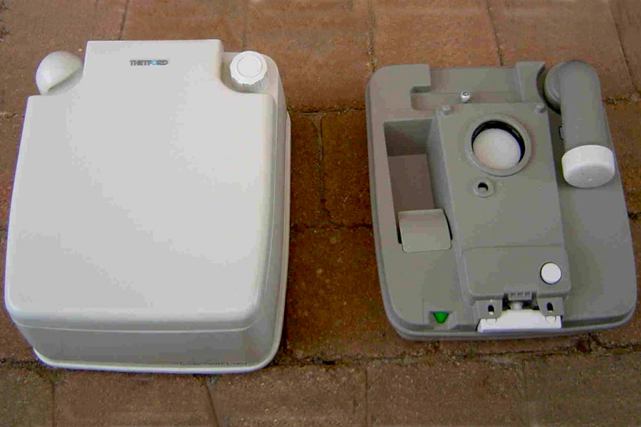 Top and Bottom Tanks of Toilet
