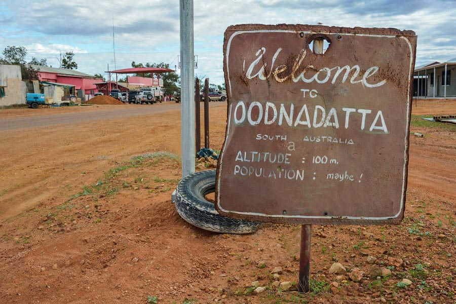 Welcome-to-Oodnadatta-sign