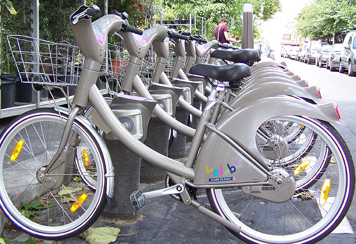Velib Bike Hire System in Paris - Cheap and Easy