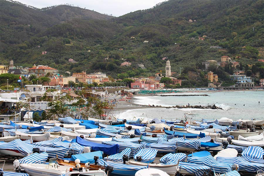 Boats-of-Monterosso