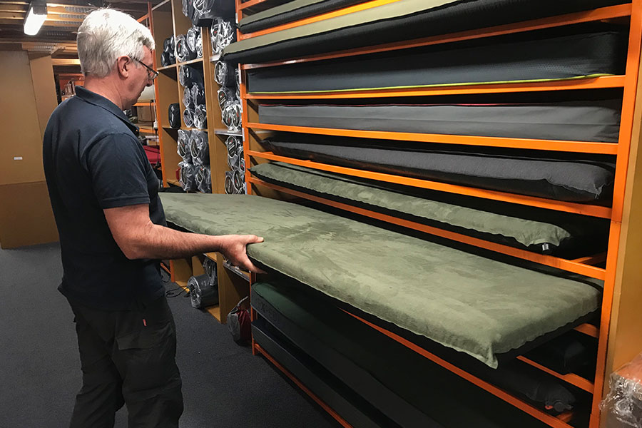 Storing a self-inflating mat