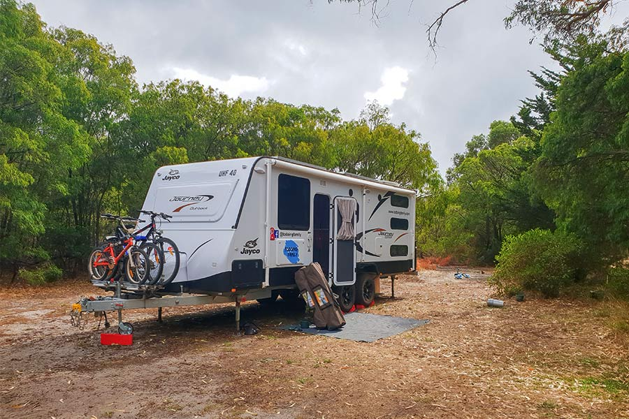10 Must-Have Items for a Successful Caravan Trip | Snowys Blog