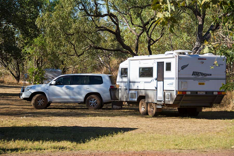 4WD towing trailer in the outdoors
