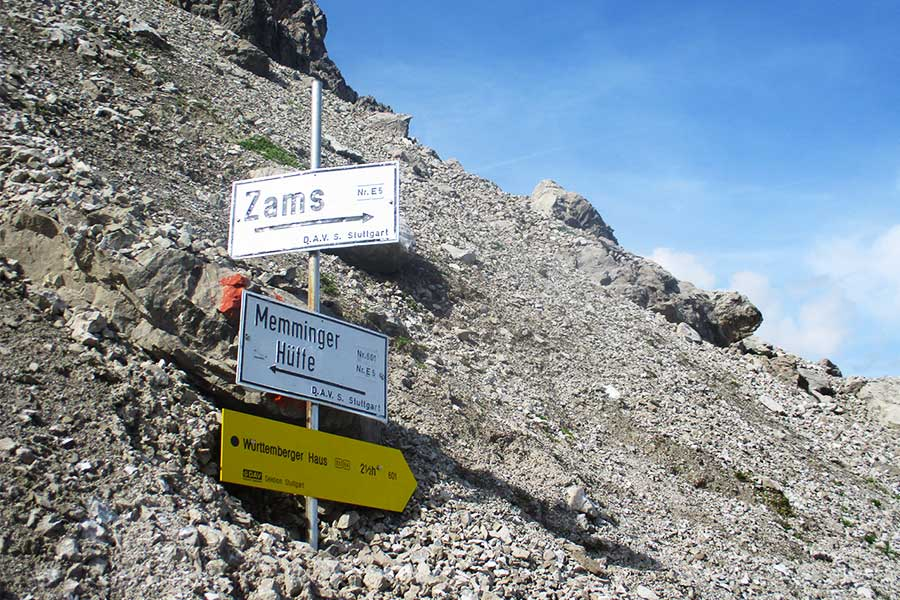 Signs at the top of the Seescharte climb