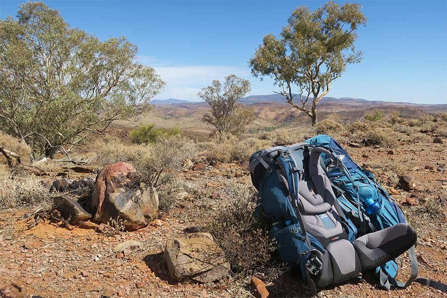 Hiking-in-the-northern-Flinders-Ranges