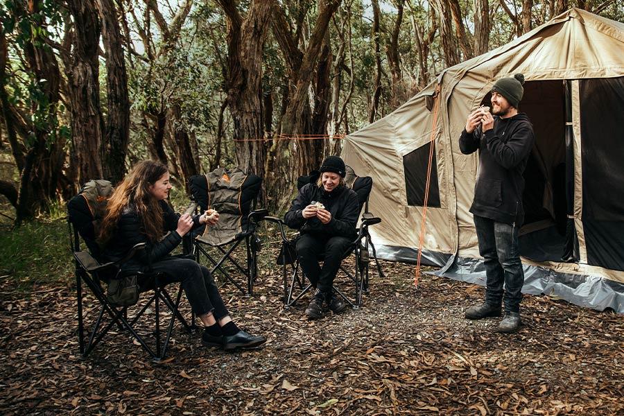 EP 23 - Campsite Q&A's with Ben & Lauren